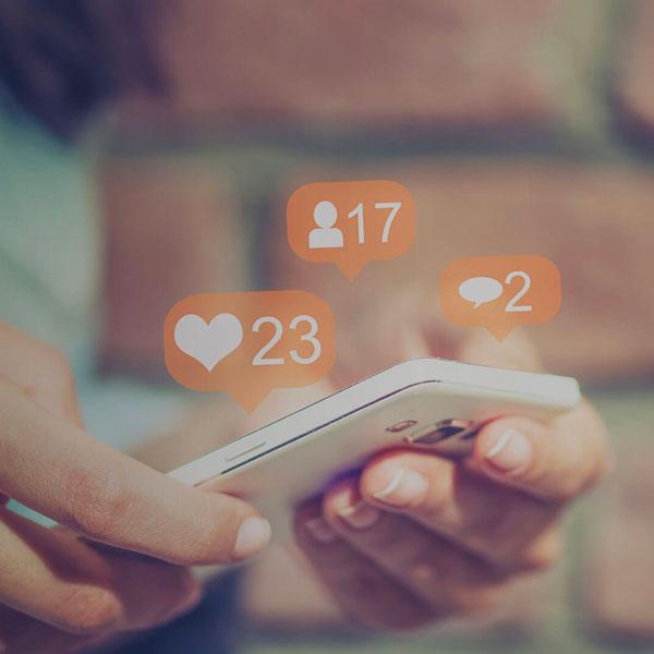 Social media digital pr e online reputation management for Politecnico di milano servizi online